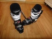 Продаю почти новые лыжные ботинки Lange